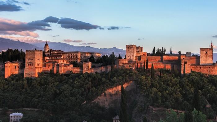 6 Alhambra