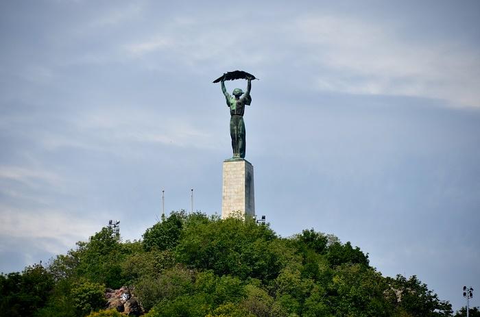 8 Liberty Budapest