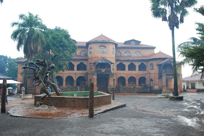 2 Foumban Palace