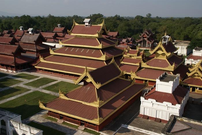 2 Mandalay Palace