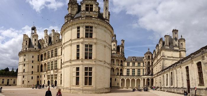 8 Chambord Castle