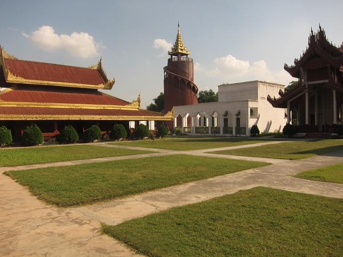 8 Mandalay Palace