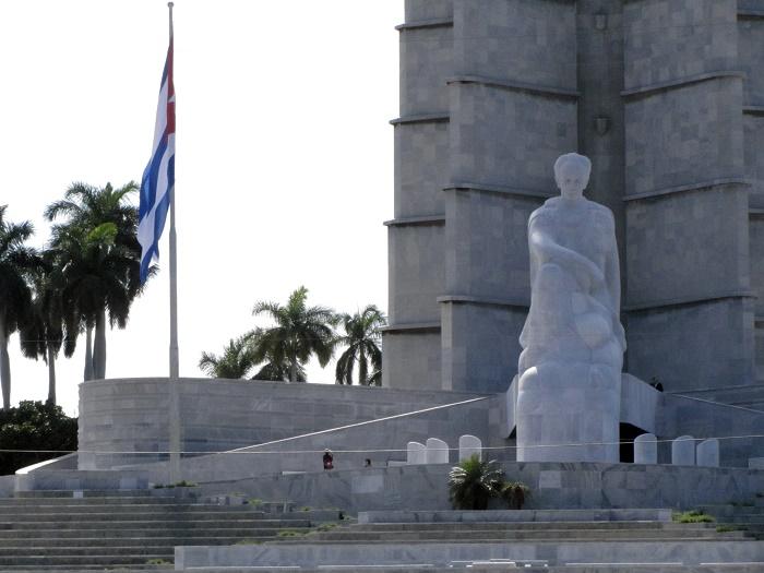 9 Marti Memorial