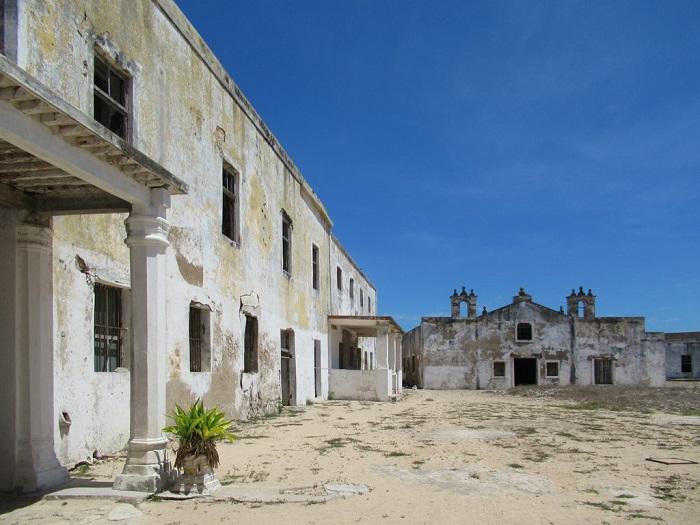 2 Island Mozambique