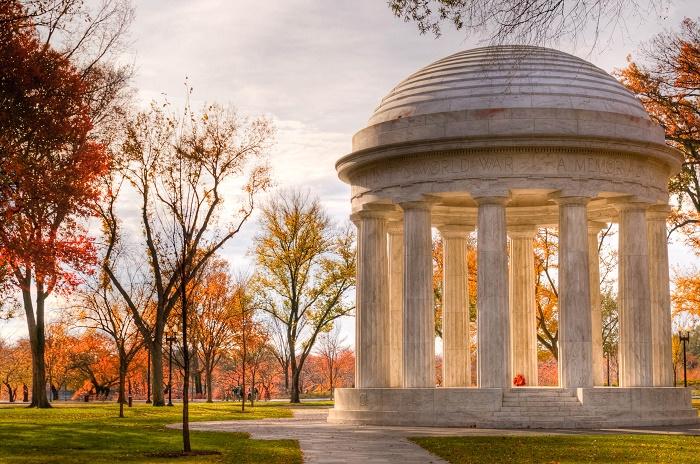 1 DC Memorial
