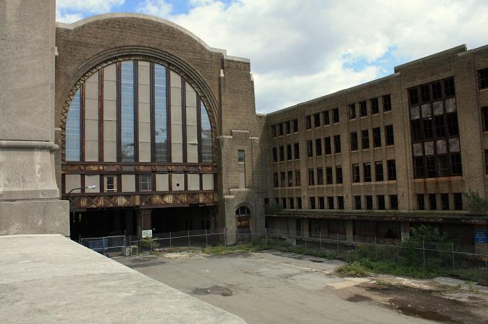 11 Buffalo Terminal