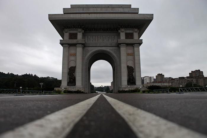 3 Arch NK