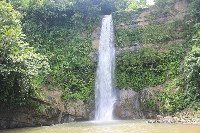 3 Madhabkunda Waterfall