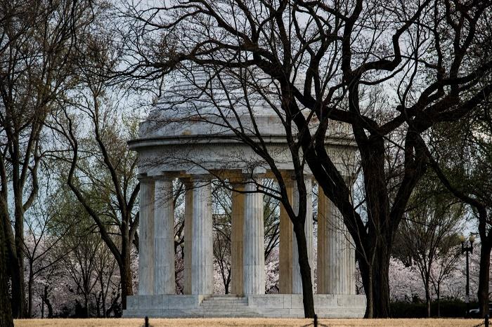 4 DC Memorial