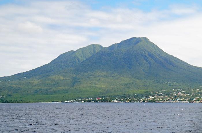 5 Nevis