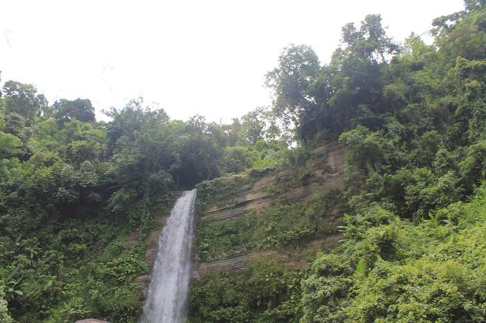 6 Madhabkunda Waterfall
