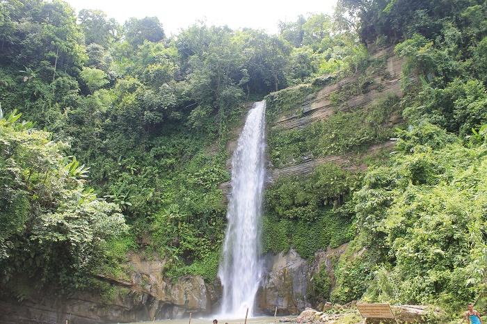7 Madhabkunda Waterfall
