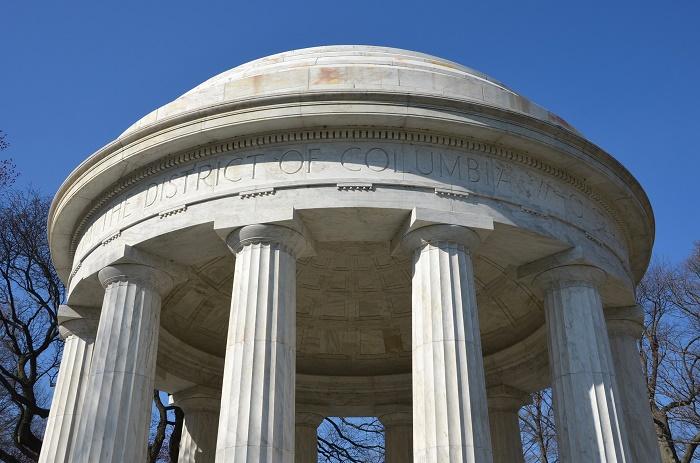 8 DC Memorial
