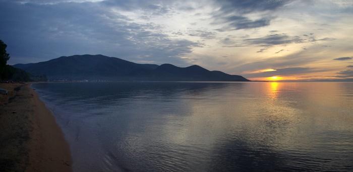 8 Lake Baikal