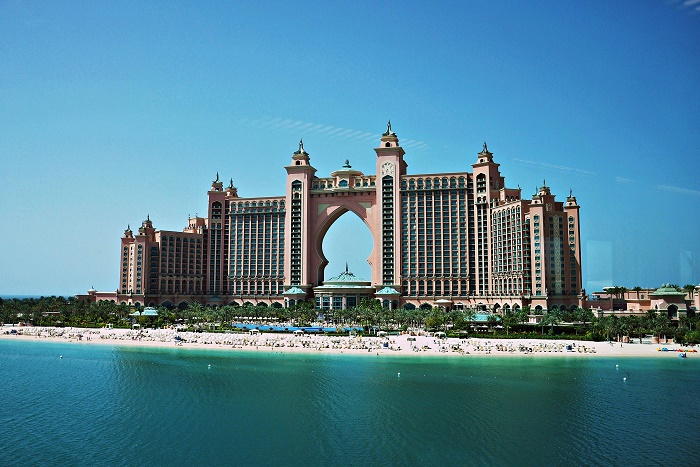 10 Atlantis Palm