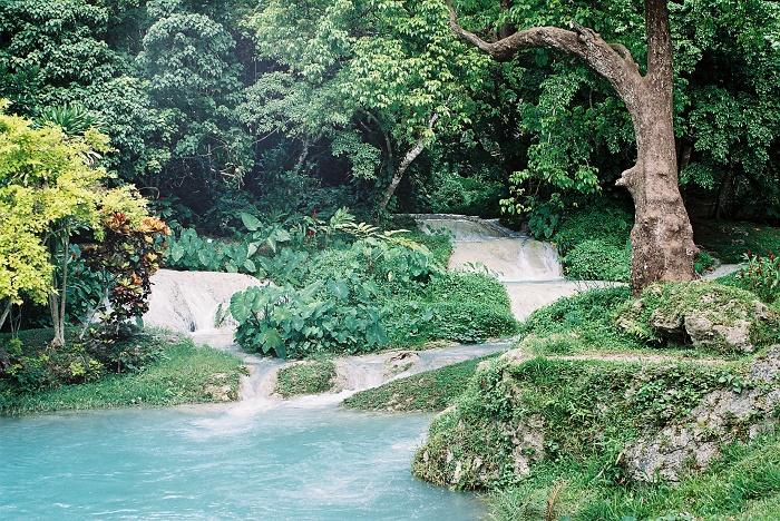 3 Mele Vanuatu