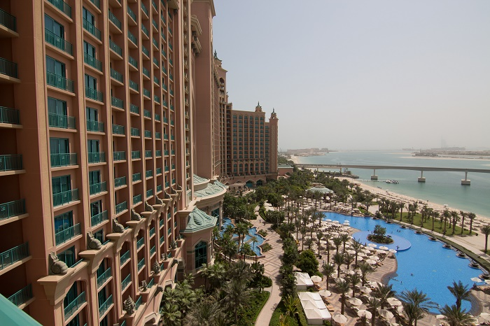 4 Atlantis Palm