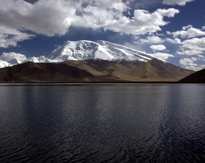 4 Lake Karakul