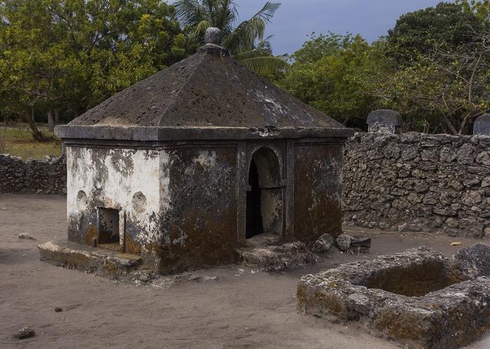 8 Kaole Ruins