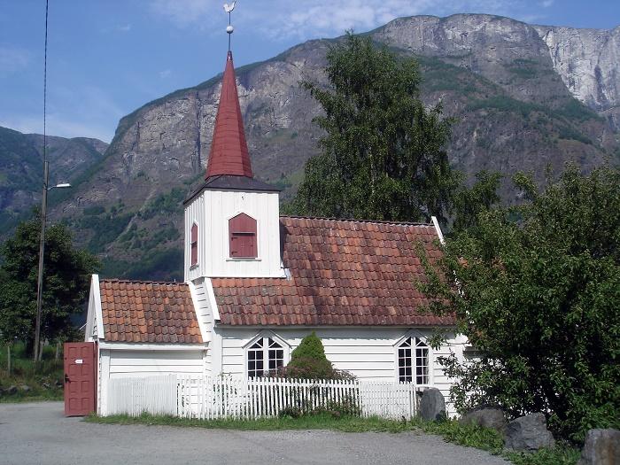 1 Undredal Church