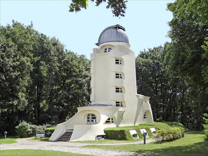 2 Einstein Potsdam