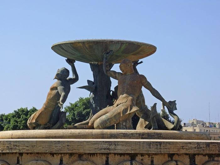 3 Triton Valletta