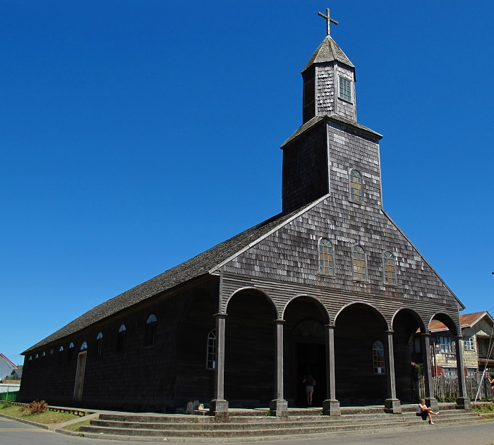 2 Achao Church