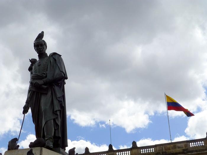 10 Bolivar Square