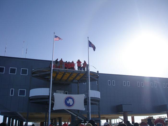 4 Amundsen Scott