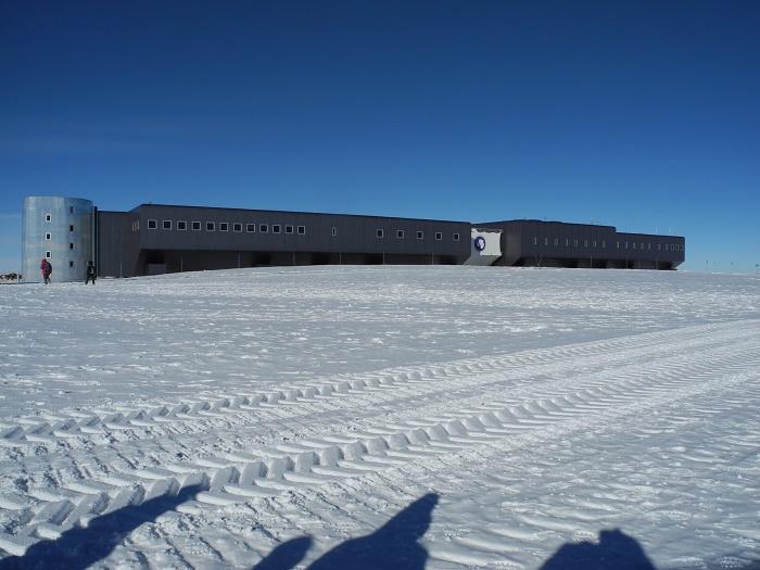5 Amundsen Scott
