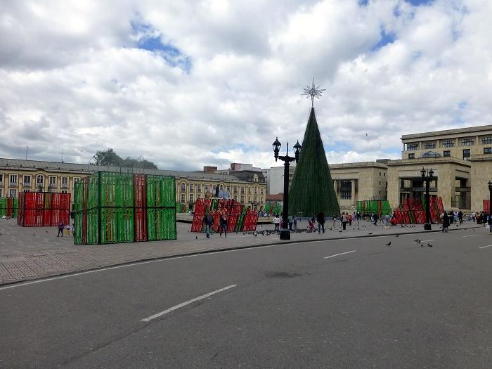 6 Bolivar Square