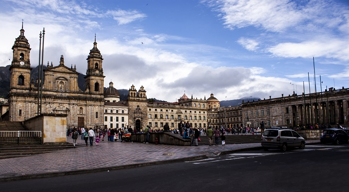 7 Bolivar Square