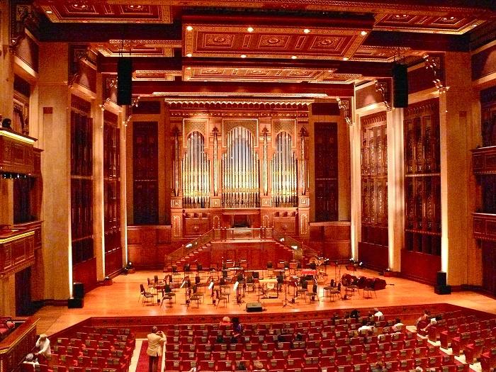 7 Muscat Opera