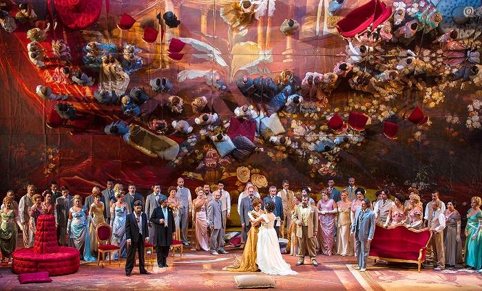8 Muscat Opera