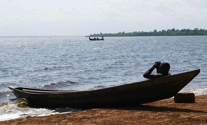 5 Lake Togo