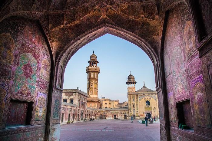 1 Wazir Mosque