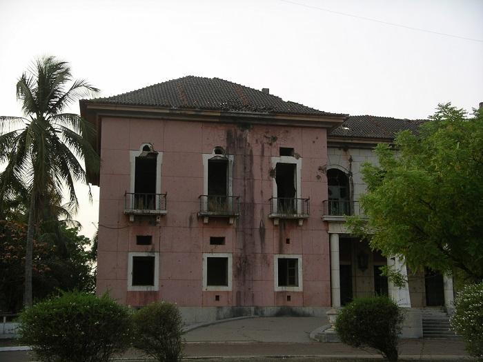 2 Bissau Palace
