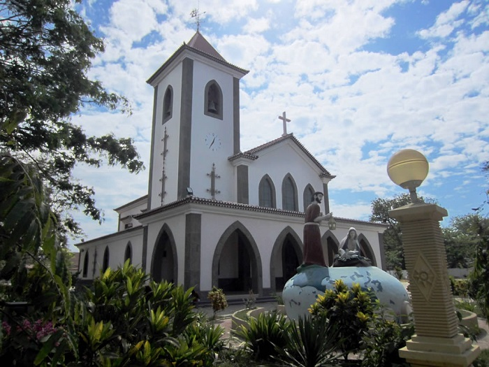 2 Motael Church