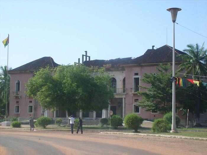 4 Bissau Palace