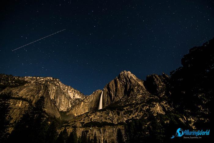 11 Yosemite Falls