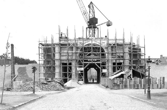 13 Menin Gate