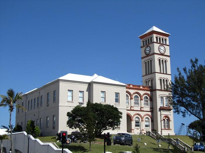 2 Sessions Bermuda