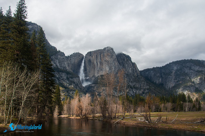 2 Yosemite Falls