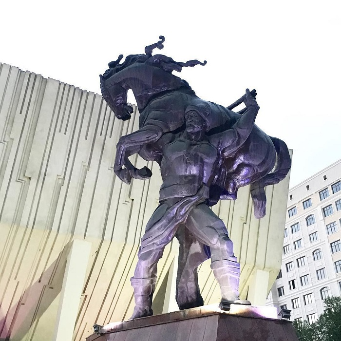 3 Bishkek Palace