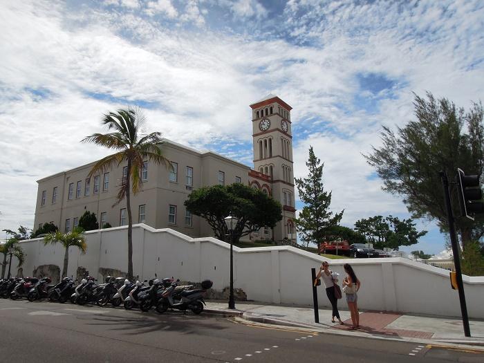 3 Sessions Bermuda