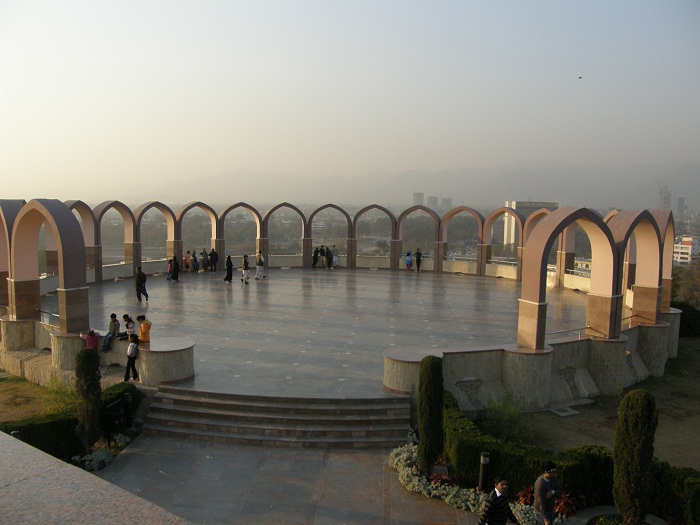 4 Pakistan Monument