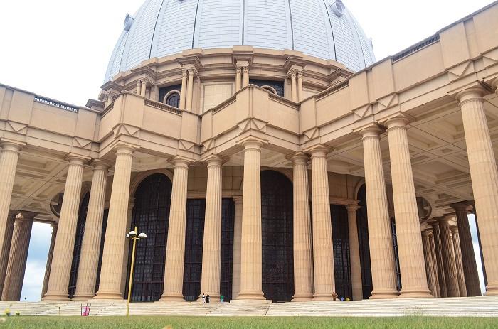 3 Yamoussoukro Basilica