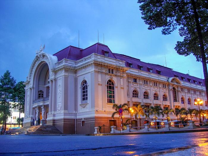 1 Saigon Opera
