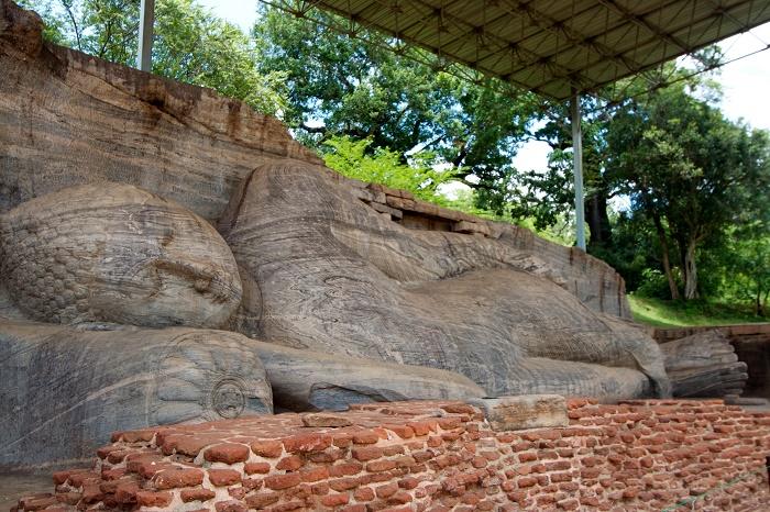 11 Gal Viharaya