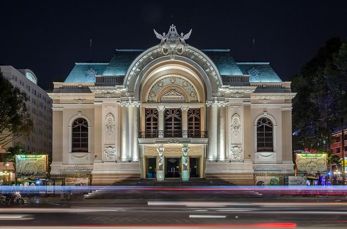 2 Saigon Opera